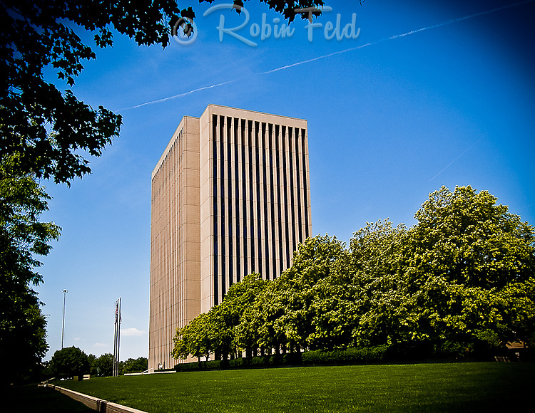 Montgomery County Administration Building, Dayton Ohio, 451 W. 3rd St., modernism architecture