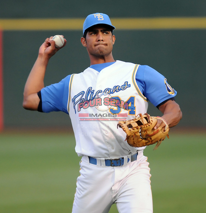 July 11, 2008: Infielder Ernesto Mejia (34) of the Myrtle Beach Pelicans, Class A affiliate of the Atlanta Braves, in a game against the Salem Avalanche at BB&T Coastal Field in Myrtle Beach, S.C. Photo by:  Tom Priddy/Four Seam Image
