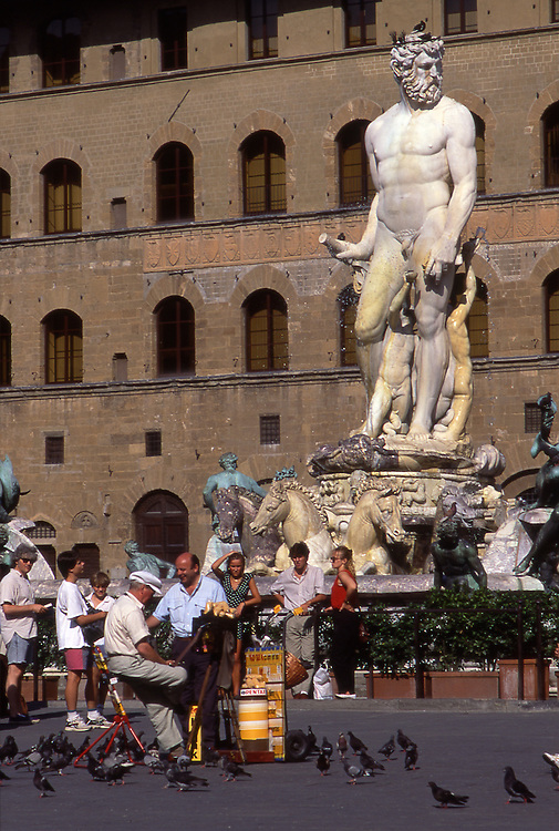Europe, ITA, Italy, Tuscany, Florence, Piazza della Signoria, Neptune Fountain by Bartolomeo Ammanati, Pigeons....[ For each utilisation of my images my General Terms and Conditions are mandatory. Usage only against use message and proof. Download of my General Terms and Conditions under http://www.image-box.com or ask for sending. A clearance before usage is necessary...Material is subject to royalties. Each utilisation of my images is subject to a fee in accordance to the present valid MFM-List...Contact | archive@image-box.com | www.image-box.com ]
