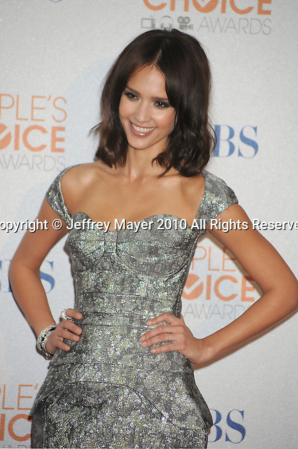 LOS ANGELES, CA. - January 06: Jessica Alba  poses in the press room at the People's Choice Awards 2010 held at Nokia Theatre L.A. Live on January 6, 2010 in Los Angeles, California.