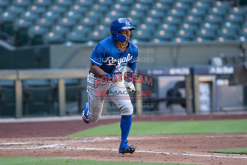Kansas City Royals outfielder Rudy Martin (9) hustles down the first base line during an Instructional League game against the Arizona Diamondbacks at Chase Field on October 14, 2017 in Scottsdale, Arizona. (Zachary Lucy/Four Seam Images)