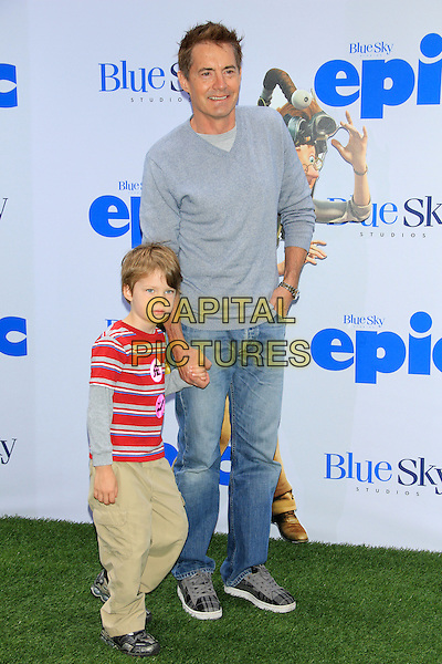Kyle MacLachlan and son Callum.attending the New York film premiere of 'Epic' at the Ziegfeld Theatre, New York, NY, May 18th, 2013..full length grey gray father kid child family jeans .CAP/LNC/TOM.©TOM/LNC/Capital Pictures.