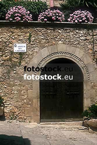 Entrance in Pollença / Pollensa<br /> <br /> Entrada en Pollensa / Pollença<br /> <br /> Eingang in Pollença / Pollensa<br /> <br /> Original: 35 mm slide transparancy