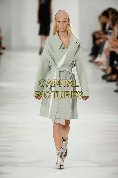 MAISON MARGIELA<br /> Paris Fashion Week Spring Summer 2017<br /> on September 28,  2016<br /> CAP/GOL<br /> &copy;GOL/Capital Pictures