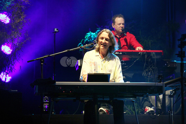 """Roger Hodgson (Supertramp) perfoms during his """"Breakfast in America Tour 2013"""" at Tollwood in Munich, 07.07.2013. Photo by Lennox/insight media /MediaPunch Inc. ***FOR USA ONLY***"""