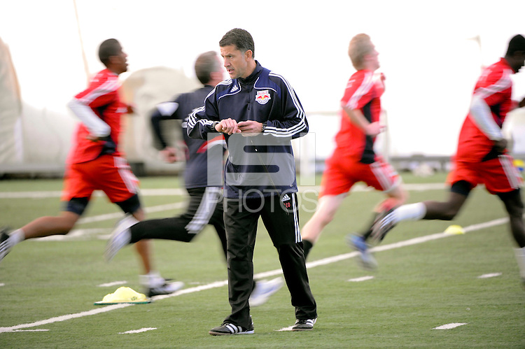 New York Red Bulls head coach Juan Carlos Osorio during Red Bulls training camp at the Giants Stadium bubble in East Rutherford, NJ, on January 26, 2009. Photo by Howard C. Smith/isiphotos.com