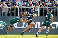 Matt Banahan of Bath Rugby goes on the attack. Aviva Premiership match, between Bath Rugby and London Irish on May 5, 2018 at the Recreation Ground in Bath, England. Photo by: Patrick Khachfe / Onside Images