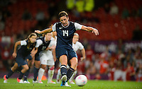 Manchester, England - Monday, August 6, 2012: The USA defeated Canada 4-3 in overtime in the semi-final round of the 2012 London Olympics at Old Trafford. Abby Wambach scores on a penalty kick.