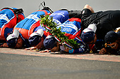 Verizon IndyCar Series<br /> Indianapolis 500 Race<br /> Indianapolis Motor Speedway, Indianapolis, IN USA<br /> Sunday 28 May 2017<br /> Takuma Sato, Andretti Autosport Honda celebrates the win on track with Michael Andretti kissing the yard of bricks<br /> World Copyright: Scott R LePage<br /> LAT Images<br /> ref: Digital Image lepage-170528-indy-10659<br /> ref: Digital Image lepage-170528-indy-10743
