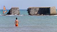 Resti antico porto romano - San Cataldo - Agosto 2013