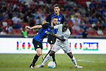 FC Internazionale Midfielder Marcelo Brozovic (L) fights for the ball with Chelsea Midfielder N'Golo Kante (R) during the International Champions Cup 2017 match between FC Internazionale and Chelsea FC on July 29, 2017 in Singapore. Photo by Weixiang Lim / Power Sport Images