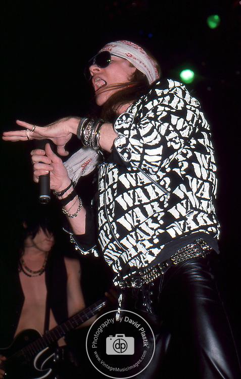 Guns-N-Roses-494.jpg