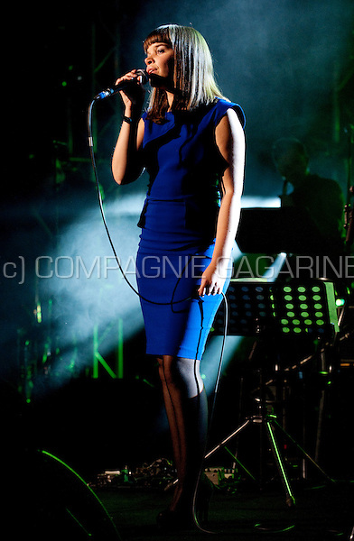 Belgian jazz/soul singer Lady Linn at the Radio 1 Sessies (Belgium, 13/10/2010)