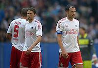 FUSSBALL   1. BUNDESLIGA   SAISON 2012/2013   LIGA TOTAL CUP  Hamburger SV - Borussia Dortmund        04.08.2012 Entteuschte Hamburger: Jeffrey Bruma, Marcus Berg und Heiko Westermann (v.l.)