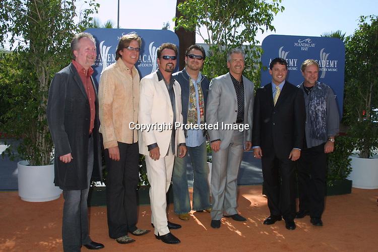 ©2003 KATHY HUTCHINS  / HUTCHINS PHOTO.38TH ANNUAL ACADEMY OF COUNTRY MUSIC AWARDS.MANDALAY BAY HOTEL & CASINO.LAS VEGAS, NV.MAY 22, 2003...DIAMOND RIO