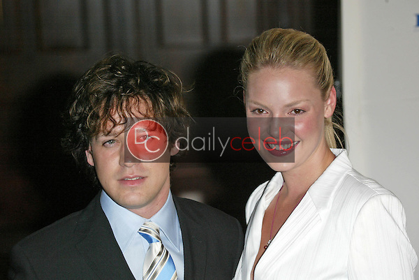 T.R. Knight and Katherine Heigl<br />