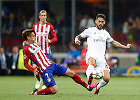 Calcio, finale di Champions League: Real Madrid vs Atletico Madrid. Stadio San Siro, Milano, 28 maggio 2016.<br /> Real Madrid&rsquo;s Isco, right, is tackled by Atletico Madrid Antoine Griezmann during the Champions League final match between Real Madrid and Atletico Madrid, at Milan's San Siro stadium, 28 May 2016.<br /> UPDATE IMAGES PRESS/Isabella Bonotto