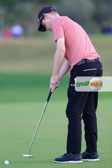 Kevin Phelan (IRL) takes his putt on the 8th green during Saturday's Round 3 of the Portugal Masters 2015 held at the Oceanico Victoria Golf Course, Vilamoura Algarve, Portugal. 15-18th October 2015.<br /> Picture: Eoin Clarke | Golffile<br /> <br /> <br /> <br /> All photos usage must carry mandatory copyright credit (&copy; Golffile | Eoin Clarke)