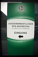Schild am Eingang zum DFB Bundestag im Steigenberger Airport Hotel Frankfurt