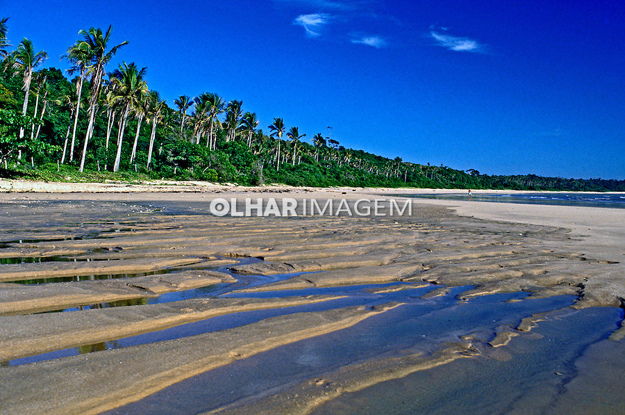 Praia em Cumuraxatiba. Bahia. 1999. Foto de Ricardo Azoury.