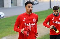 Deji Beyreuther (Eintracht Frankfurt) kommt zum Training - 14.11.2017: Eintracht Frankfurt Training, Commerzbank Arena