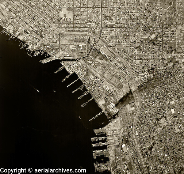 historical aerial photograph San Diego, California, 1966