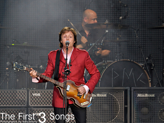 Paul McCartney performs at Great American Ball Park in Cincinnati, Ohio on August 4, 2011.