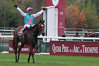 October 07, 2018, Longchamp, FRANCE - Enable with Frankie Dettori up after winning the Prix de l'Opera Longines (Gr. I) at ParisLongchamp Race Course  [Copyright (c) Sandra Scherning/Eclipse Sportswire)]