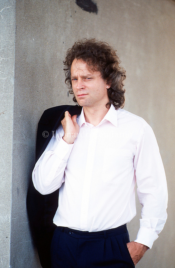 "Bradford Claude ""Brad"" Dourif è un attore statunitense. È noto per aver recitato nel film Qualcuno volò sul nido del cuculo, per il quale è stato nominato all'Oscar al miglior attore non protagonista. Bradford Claude ""Brad"" Dourif is an American stage, film and voice actor who gained early fame for his portrayal of Billy Bibbit in One Flew Over the Cuckoo's ... Venezia settembre 1991, Festival Internazionale del Cinema di Venezia. © Leonardo Cendamo"