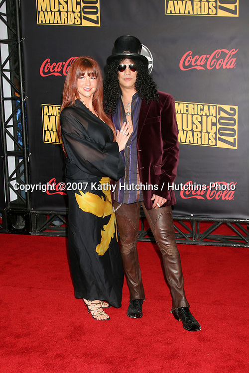 Slash & Wife.American Music Awards 2007.Nokia Theater.Los Angeles, CA.November 18, 2007.©2007 Kathy Hutchins / Hutchins Photo...               .