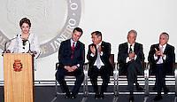 SAO PAULO, SP, 25 DE JANEIRO DE 2012 - ENTREGA MEDALHA 25 DE JANEIRO - E/d Presidente Dilma Rousseff, Prefeito Gilberto Kassab, Ministro Gilberto de Carvalho, ex Presidente da Republica Fernando Henrique Cardoso, vice presidente da Republica Michel Temer, Presidente da Republica Dilma Rousseff durante cerimonia de entrega da Medalha 25 de Janeiro na sede da Prefeitura de Sao Paulo, na regiao central da capital paulista nessa quarta-feira, 25. FOTO: VANESSA CARVALHO - NEWS FREE.