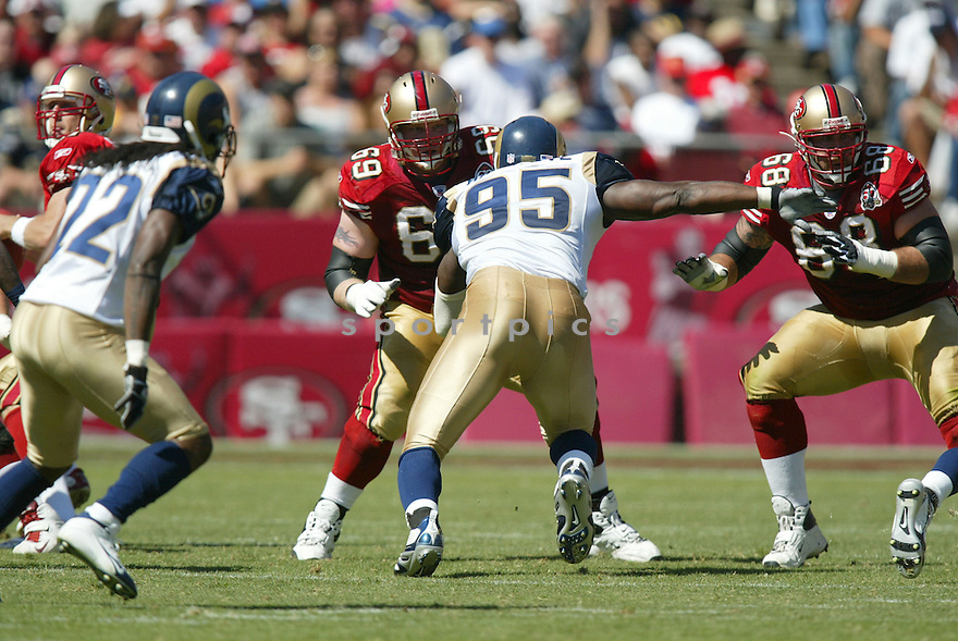 TONY WRAGGE, of the San Francisco 49er's , during their game against the St. Louis Rams on September 17, 2006 in San Francisco, CA...49er's win 20-13..Rob Holt / SportPics.