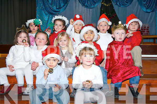 little house montessori moyderwell white christmas play whci took place on friday pictured - White Christmas Play