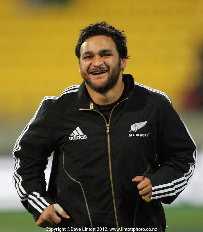 Piri Weepu warms up during the Rugby Championship international rugby test match between the All Blacks and Argentina at Westpac Stadium, New Zealand on Saturday, 8 September 2012. Photo: Dave Lintott / lintottphoto.co.nz
