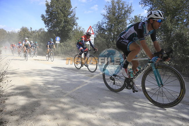 The peloton including Steven Lammertink (NED) Vital Concept-Hotels B&B on sector 3 Radi during Strade Bianche 2019 running 184km from Siena to Siena, held over the white gravel roads of Tuscany, Italy. 9th March 2019.<br /> Picture: Eoin Clarke | Cyclefile<br /> <br /> <br /> All photos usage must carry mandatory copyright credit (© Cyclefile | Eoin Clarke)
