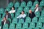 """auf der Tribuene, <br />v.l. <br />Christian SEIFERT, DFL, <br />Oliver """" Oli """" KAHN (Vorstandsmitglied, M)<br /><br />Sport: Fussball: 1. Bundesliga: Saison 19/20: 34.Spieltag, <br />VFL WOLFSBURG - FC BAYERN MUENCHEN <br />am 27.06.2020 in der Volkswagen Arena Wolfsburg, <br /><br />Nur fuer journalistische Zwecke! <br />Only for editorial use!<br />Gemaess den Vorgaben der DFL Deutsche Fussball Liga ist es untersagt, in dem Stadion und/oder vom Spiel angefertigte Fotoaufnahmen in Form von Sequenzbildern und/oder videoaehnlichen Fotostrecken zu verwerten bzw. verwerten zu lassen. <br />DFL regulations prohibit any use of photographs as image sequences and/or quasi-video.<br />National and International News Agencies OUT<br />NO RESALE!"""