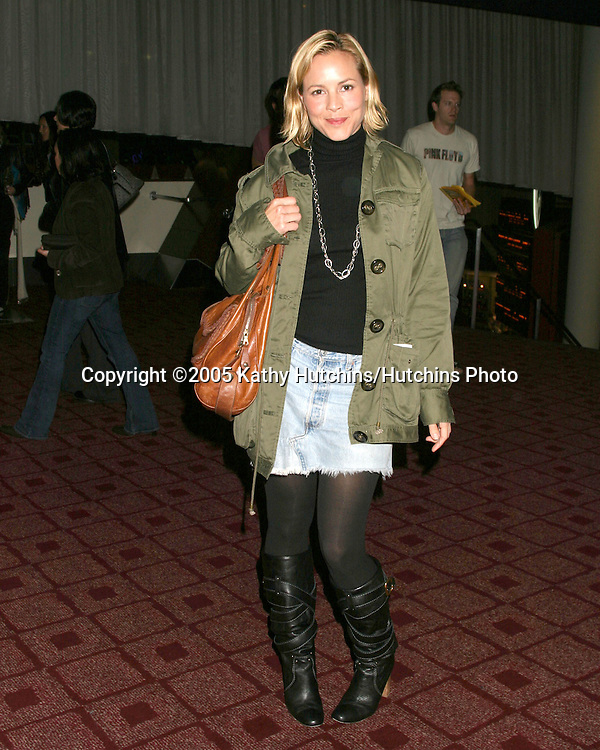 """Maria Bello.Screnning of """"The Sisters"""".ArcLight Theaters.Los Angeles, CA.October 22, 2005.©2005 Kathy Hutchins / Hutchins Photo"""