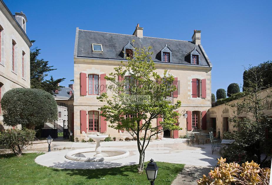 """Europe/France/Bretagne/56/Morbihan/Belle-Ile/ Le Palais: Hôtel-Musée de la Citadelle -Citadelle Vauban Le restaurant """"La Table du Gouverneur"""""""