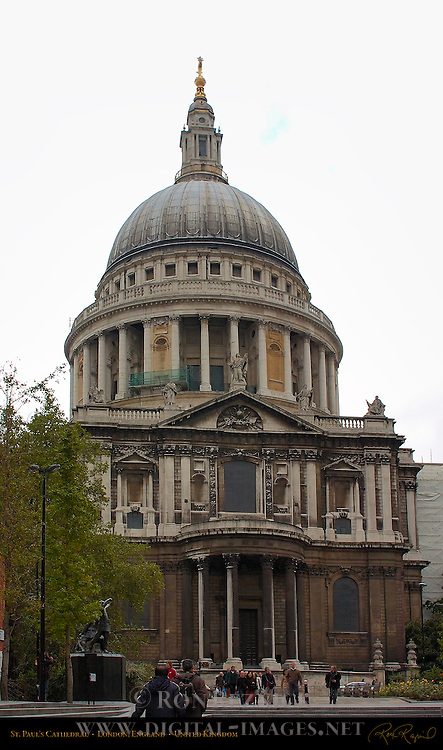 St. Paul's Cathedral from the South, Ludgate Hill, London, England, UK