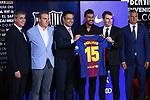 Presentation of Paulinho Bezerra as new player of the FC Barcelona.<br /> Jordi Mestre, Pep Segura, Josep M. Bartomeu, Paulinho, Robert Fernandez &amp; Javier Bordas.