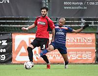 WINKEL SPORT - SK RONSE :<br /> tackle van Gaetan Makonga (R) op Antonio Munoz Herrera (L)<br /> <br /> Foto VDB / Bart Vandenbroucke
