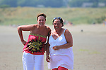 Yvonne Deegan and Lorraine Emerson<br /> enjoying the Sun and Sea in clogherhead beach<br /> Picture:  www.newsfile.ie