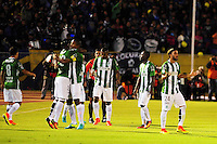 QUITO - ECUADOR - 20-07-2016: Los jugadores de Atletico Nacional de Colombia, celebran el segundo gol anotado a Independiente Del Valle de Ecuador, durante partido de ida por la final, entre Independiente Del Valle y Atletico Nacional por la Copa Bridgestone Libertadores 2016 en el Estadio Atahualpa, de la ciudad de Quito. / The players of Atletico Nacional of Colombia, celebrate the second goal scored against Independiente Del Valle of Ecuador, during a match for the first leg for the final between Independiente Del Valle and Atletico Nacional for the Bridgestone Libertadores Cup 2016, in the Atahualpa Stadium, in Quito city. Photo: : VizzorImage /API FOTO /  Cont.