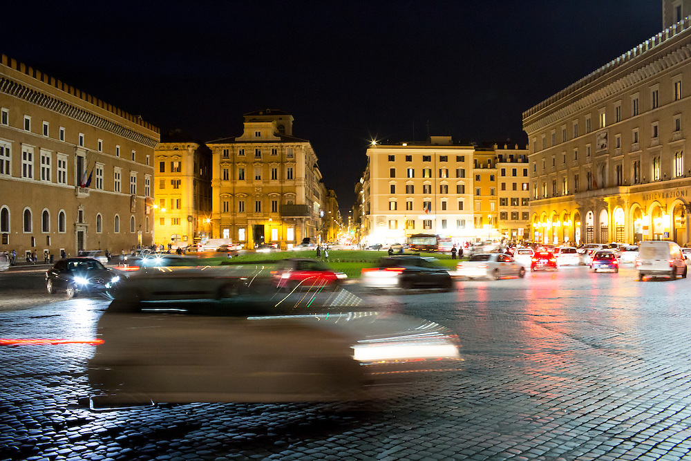 Traffic circles the Piazza Venezia on Tuesday, Sept. 22, 2015, in Rome, Italy. (Photo by James Brosher)