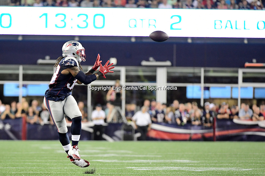Thursday, August 18 2016: New England Patriots running back Brandon Bolden (38) catches a pass during a pre-season NFL game between the Chicago Bears and the New England Patriots held at Gillette Stadium in Foxborough Massachusetts. The Patriots defeat the Bears 23-22 in regulation time. Eric Canha/Cal Sport Media