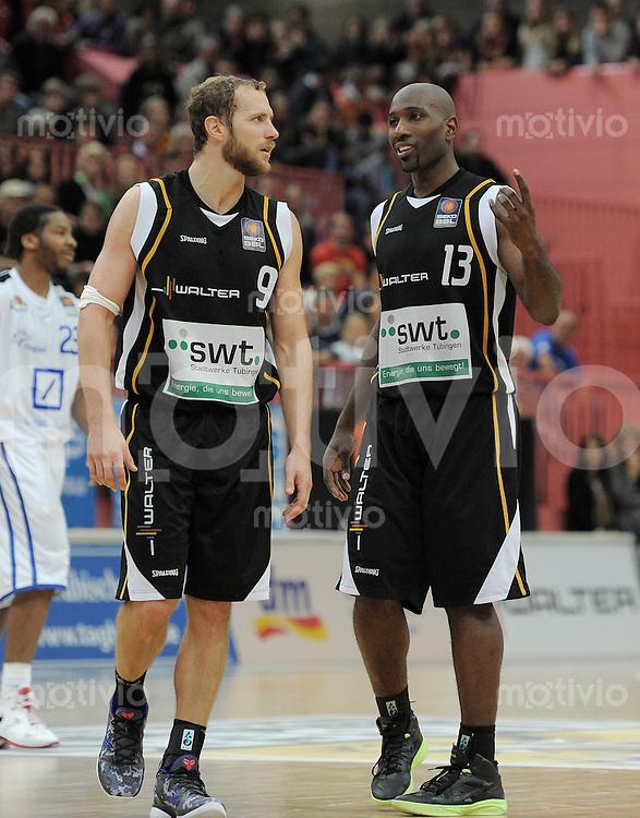 Basketball 1. Bundesliga  2010/2011  08.10.2011 Walter Tigers Tuebingen - Fraport Skyliners Frankfurt Nachdenkliche  Tigers; Louis Campbell (re) und Vaughn Duggins