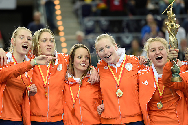 Leipzig, Germany, February 08: Team of The Netherlands celebrates after defeating Germany 2-1 after shoot-out (0-1, 1-1) to win the FIH Indoor Hockey Women World Cup on February 8, 2015 at the Arena Leipzig in Leipzig, Germany. (Photo by Dirk Markgraf / www.265-images.com) *** Local caption ***