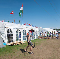 Try to wipe with a whip.  Photo: Malin Serner/SCOUTERNA