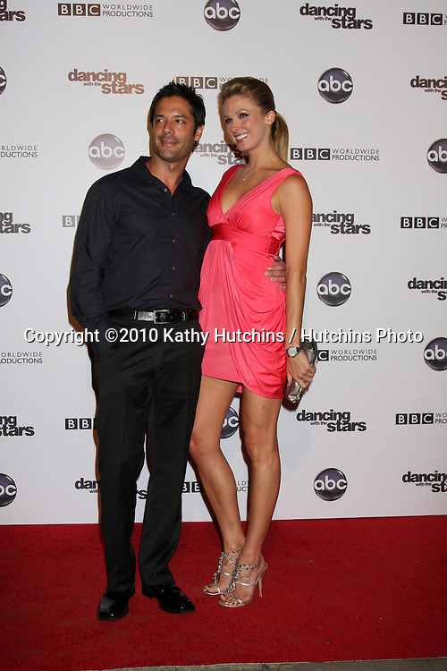 LOS ANGELES - NOV 1:  Shandi Finnessey arrives at the Dancing With The Stars 200th Show Party at Boulevard3 on November 1, 2010 in Los Angeles, CA