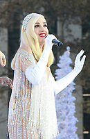 Gwen Stefani Macy's Day Parade 2017 Performance